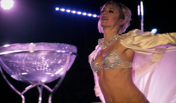 PinupPoleShow_TonyaKay_Rhinestones_ChampagneGlass